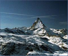Matterhorn mit Wolkenkreuz