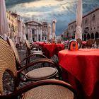 mattinata in piazza Sordello (mantova)