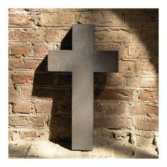 Mauer.Kreuz