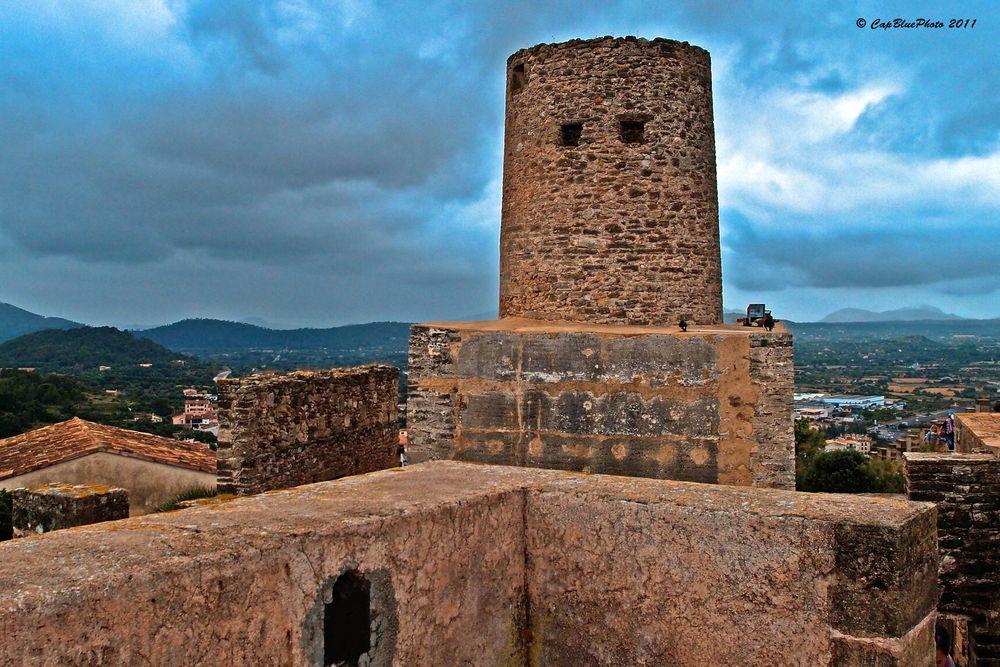 Maurischer Turm in dem Castell de Capdepera