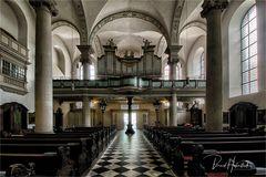 Maxkirche der Landeshaupstadt von NRW ...