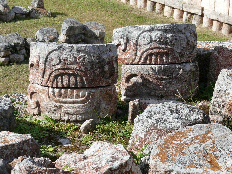 Maya-Kunst von Kabah / Mexico