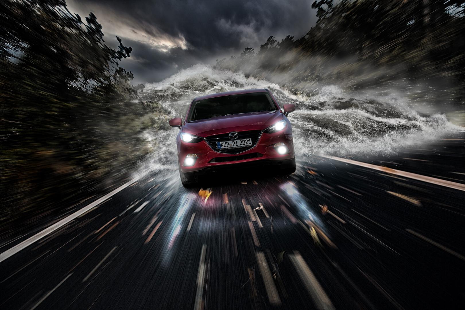 Mazda auf der Flucht