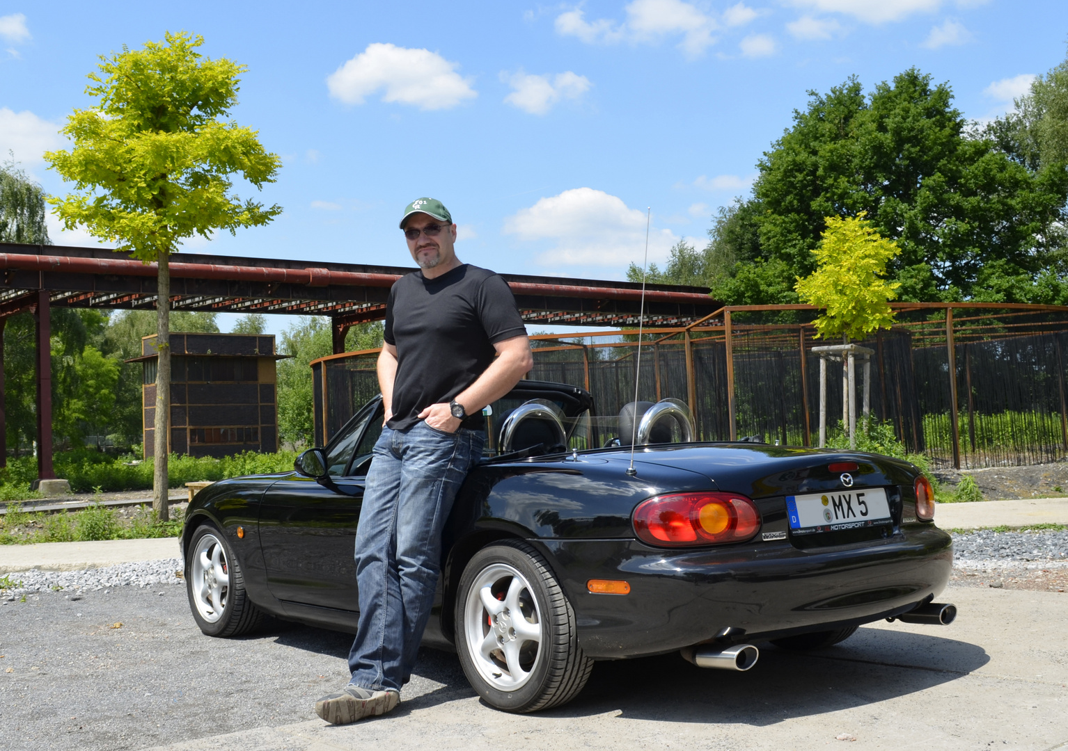 """Mazda MX-5 (NB) """"the master of desaster and his baby"""""""