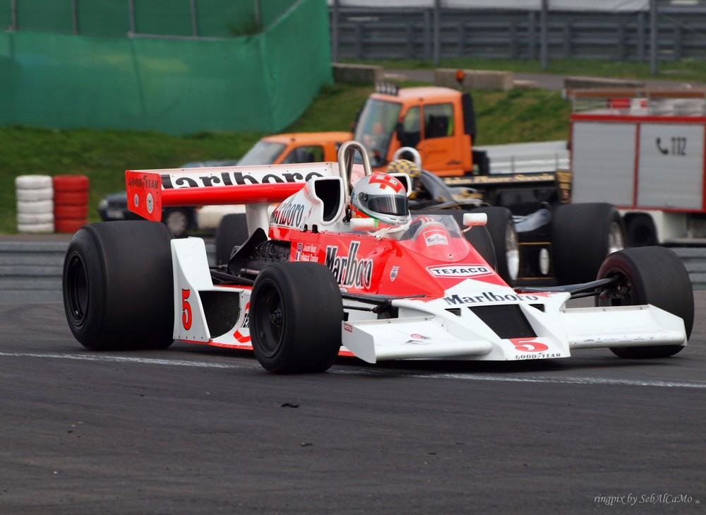 McLaren M26/5