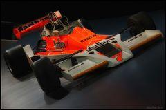 McLaren / Typ M26
