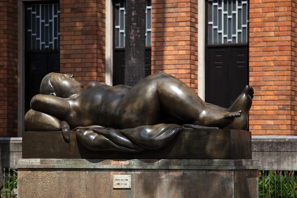 Medellin Botero - Venus dormida