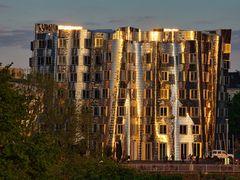 Medienhafen Duesseldorf Abendsonne
