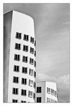 Medienhafen Düsseldorf - Architekturfotografie - Schwarz Weiss