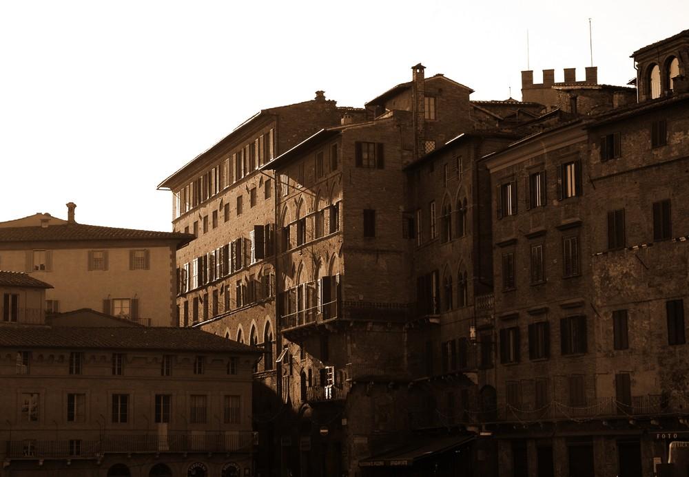 Medioevo in Terra di Siena