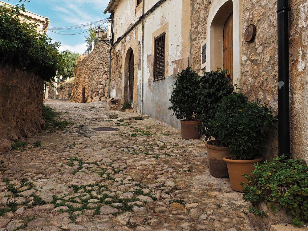 Mediterrane Straße auf Mallorca