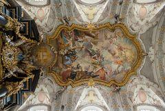 """Mein """"Blick nach Oben """"  im Chorraum der Basilika St. Emmeram (Regensburg)"""