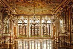 Mein erstes HDR in einem Palazzo Saal am Canal Grande