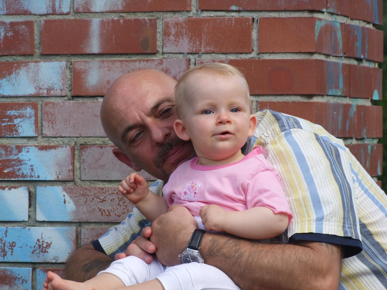 Mein Papa und meine kleine Schwester