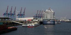 Mein Schiff 1 @ Kreuzfahrt-Terminal