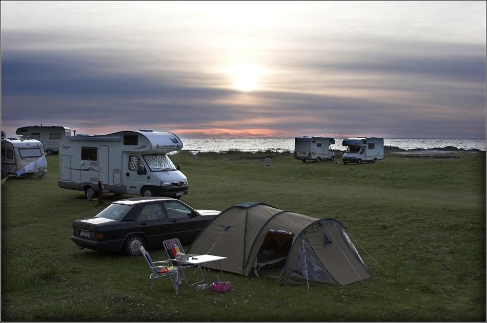 Mein Zelt, mein Auto, mein Vorgarten, meine Nachbarn....