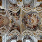 """Mein""""Blick nach oben"""" in der Studienkirche Mariä Himmelfahrt (Dillingen an der Donau)"""