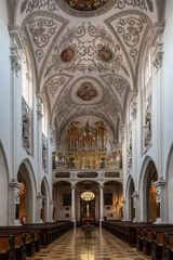 """Mein""""Blick zur Orgel"""" in der Pfarrkirche Mariä Himmelfahrt (Landsberg am Lech)"""