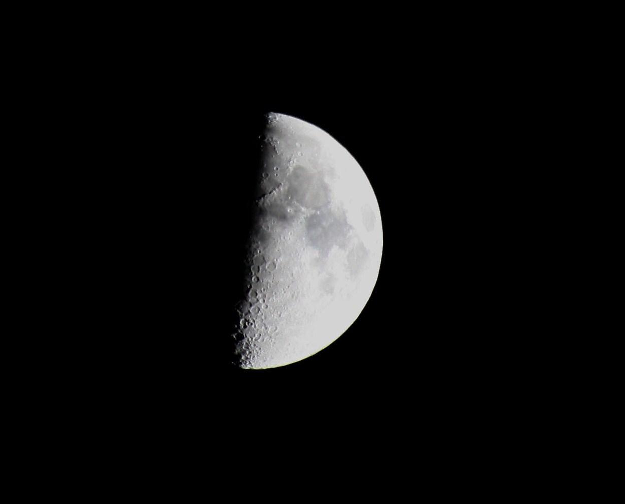 Meine erste Mondaufnahme....