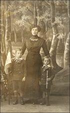 meine Großmutter, Vater und 0nkel