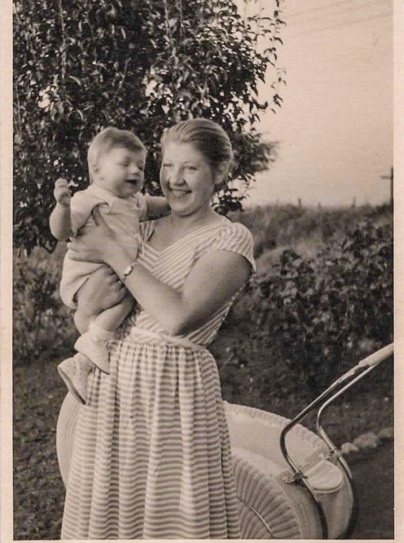 Meine Mutter mit mir 1956 Foto & Bild | alte fotos