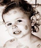 Meine Tochter mit Pinker SAUBÄR Seife Im Gesicht :-)