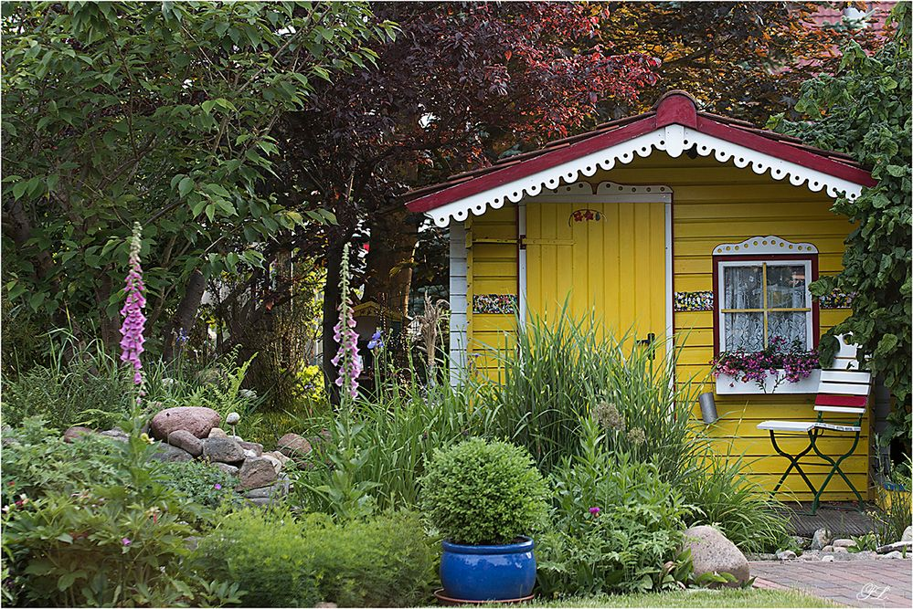mein gartenhaus foto bild mein garten natur landschaft bilder auf fotocommunity. Black Bedroom Furniture Sets. Home Design Ideas
