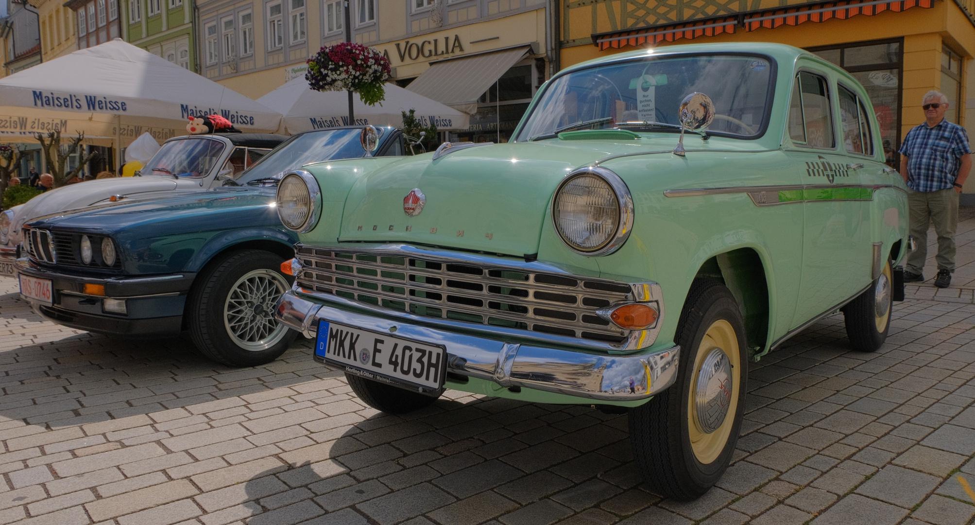 Meiningen, alte Autos, 3 (Meiningen, coches viejos, 3)