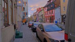 Meiningen, schöne farbige Häuser (Meiningen, casas muy bien coloridas)