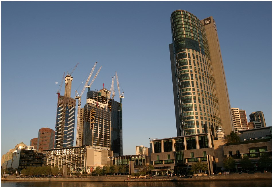 Melbourne: Southbank and Crown Tower