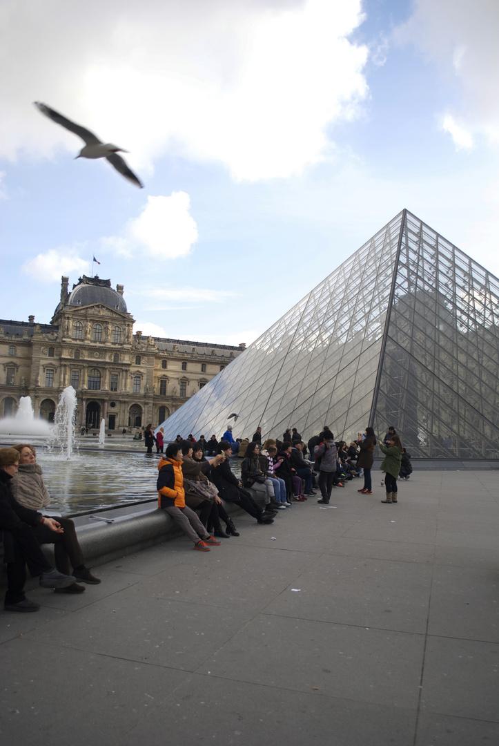 Memories-Louvre.