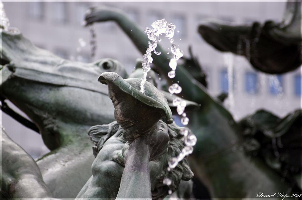 Mendebrunnen