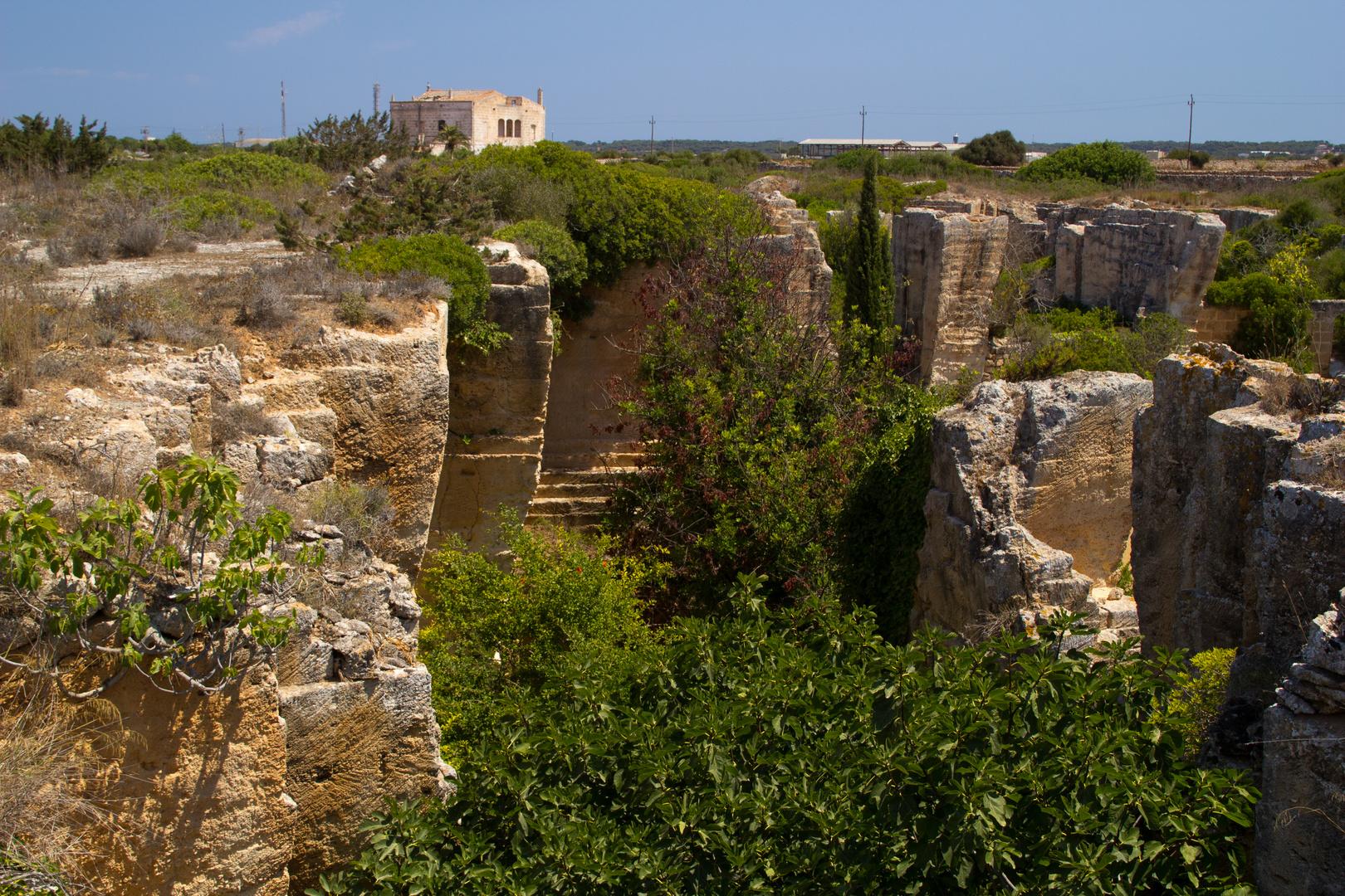 Menorca Impressionen - Steinbruch Lithica (176)