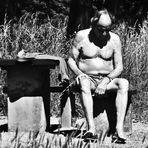 Menschen im Park 2 das Sonnenbad