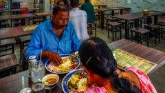 Menschen in Little India Singapur (V)