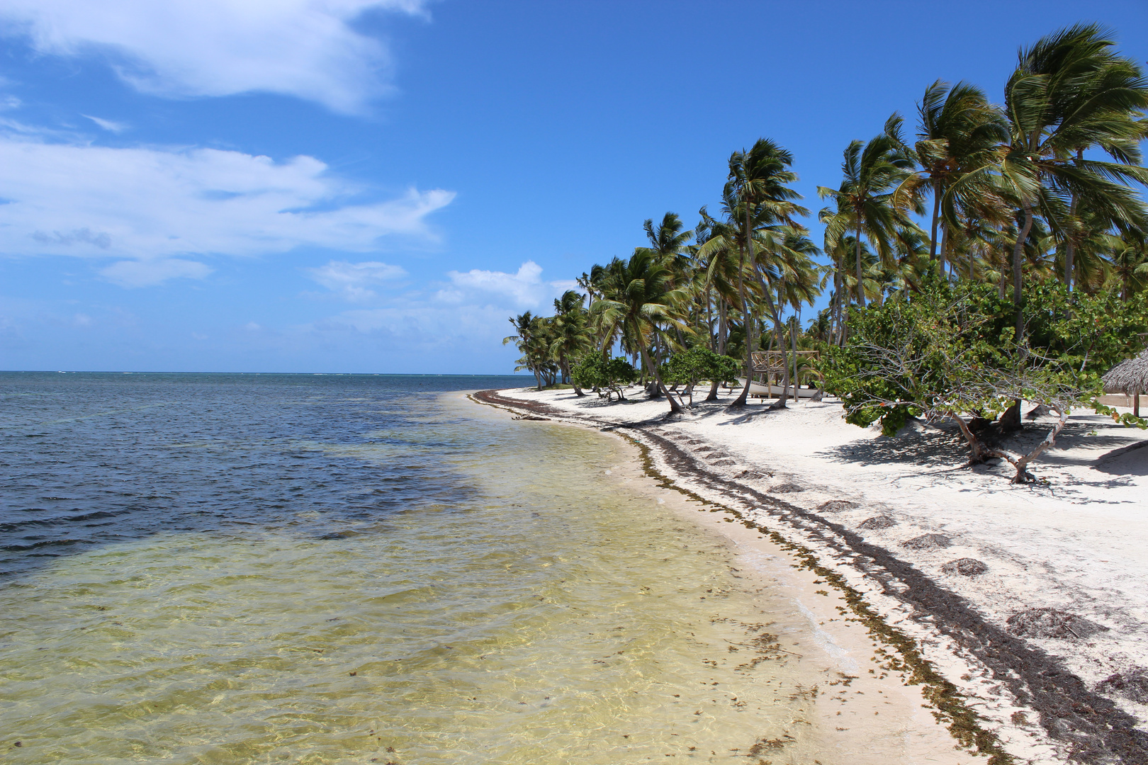 menschenfreier Strand