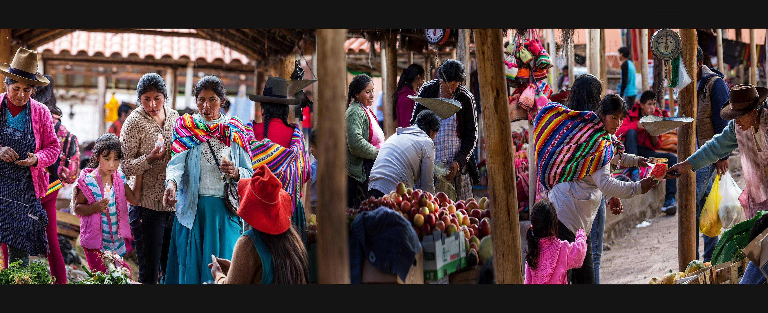 Mercado en los andes peruanos