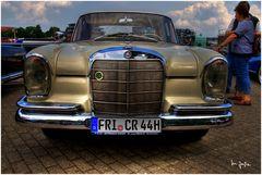 Mercedes Automobil II
