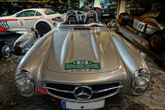 Mercedes Benz 300 SLS Roadster