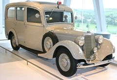 Mercedes-Benz Museum 03