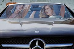 Mercedes Girls 2