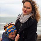 Mère et fils dans le vent…