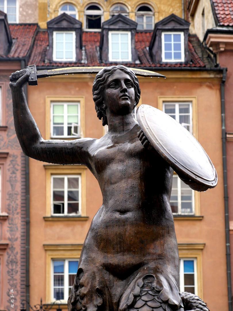 Mermaid in the rain, Warsaw