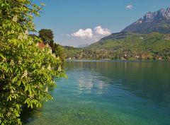 merveilleux lac d annecy, savoie france