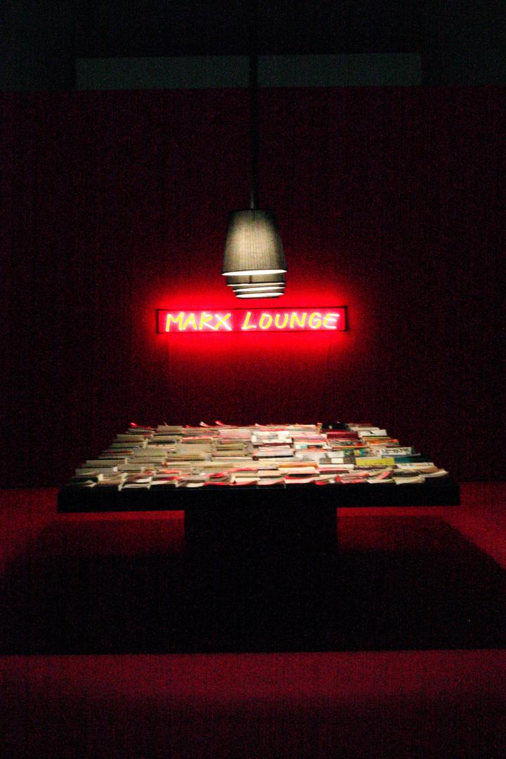 mesa de libros