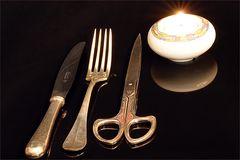 Messer, Gabel, Schere und Licht