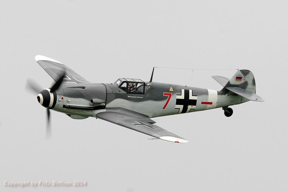 Messerschmitt BF-109 G-4 bei einem Überflug.