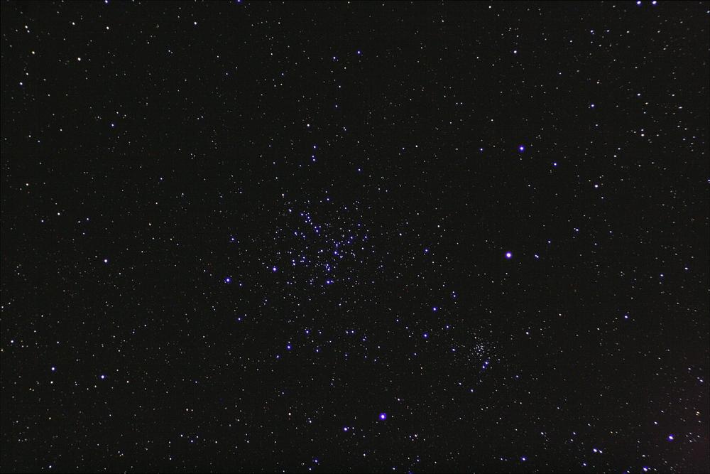 Messier 38 Offerner Sternhaufen im Wintersternbild Fuhrmann