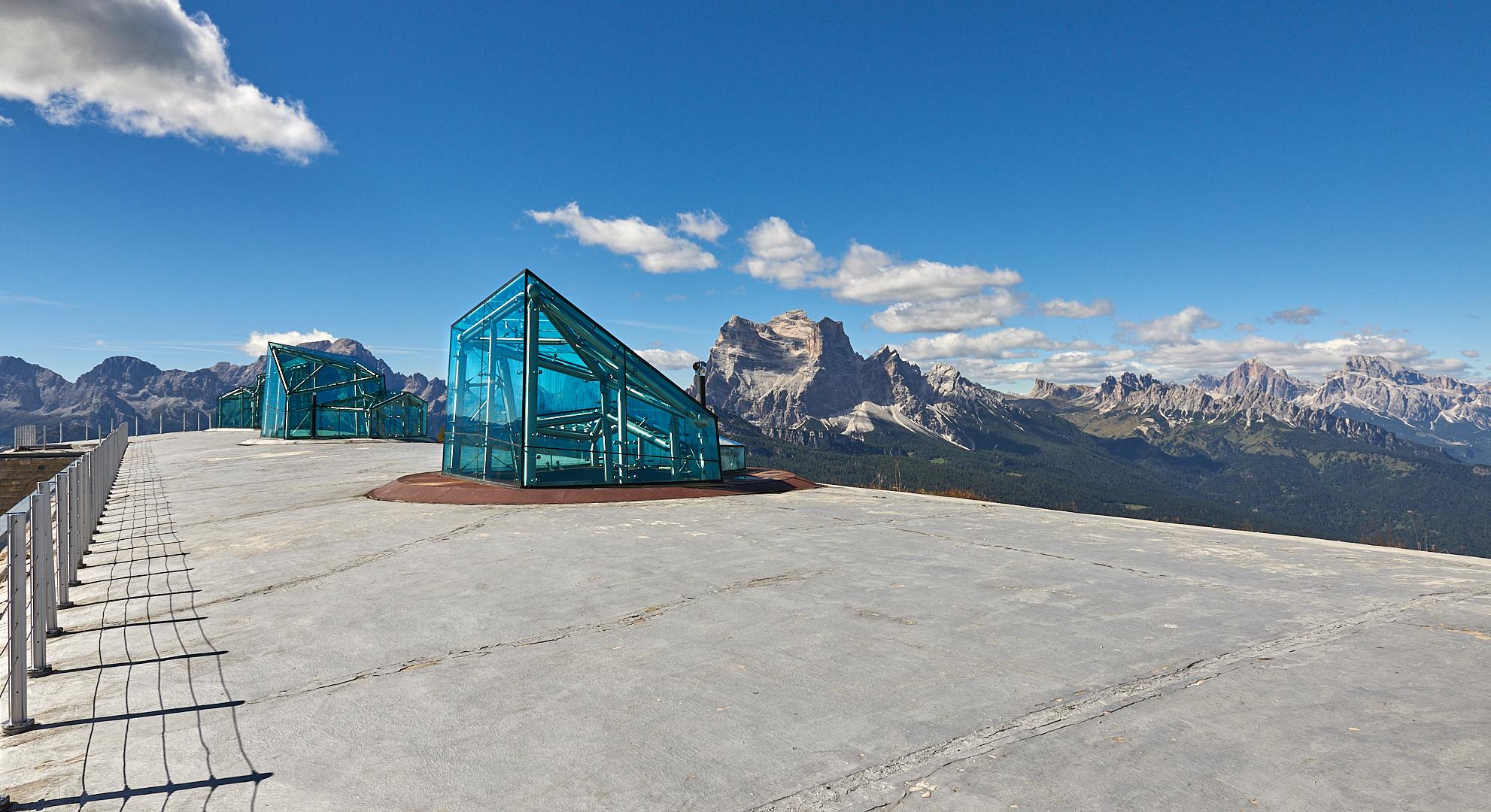 Messner Museum auf dem Monte Rite (2181 m), Berg, Glas, Beton und Mythen.