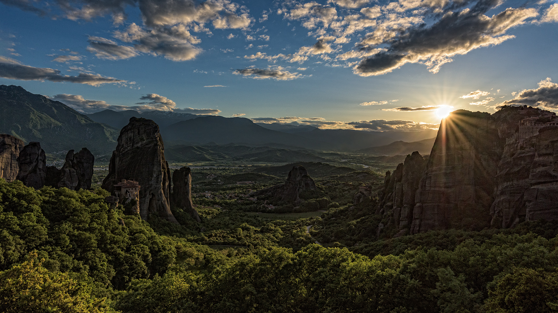 Meteora im letzten Licht